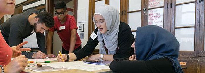 Jews and Muslims Come Together to Brighten Detroit School