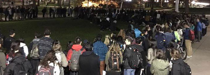 "Interfaith Allies form ""Circle of Protection"" Around Praying Muslim Students"